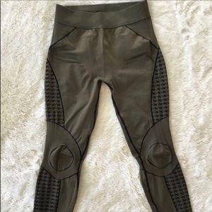 Athleta army green & black work out leggings Xs S